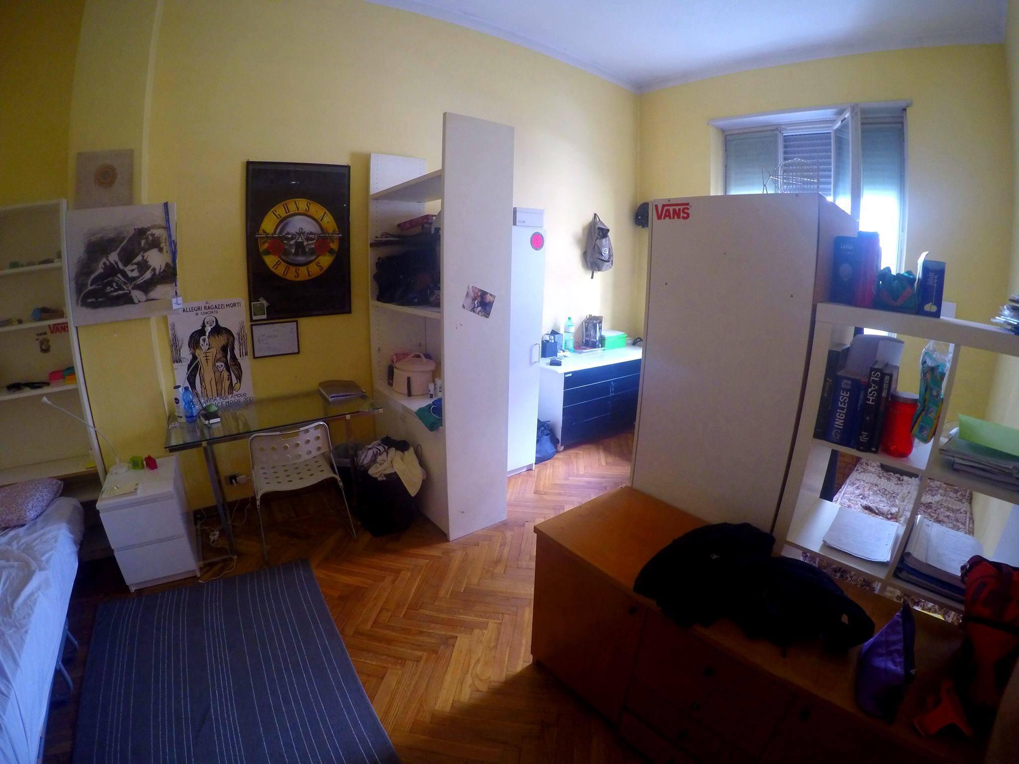 POSTO IN DOPPIA DA APRILE (via PO) euro 202 mensile compreso di spese condominiali